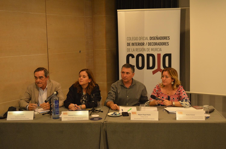 Imagen 1 El Colegio de Diseñadores de Interior analiza las tendencias de diseño en la Feria de la Vivienda de la Región de Murcia
